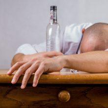 Po beveik dešimtmečio pertraukos išaugo alkoholio sukeltų mirčių skaičius