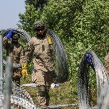 Migracijos krizę valdyti padėjusiems kariams – ministerijos išmokos