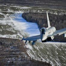 NATO naikintuvai vieną kartą lydėjo Rusijos karo orlaivį