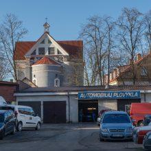 Prie išskirtinės bažnyčios – išskirtinis skveras