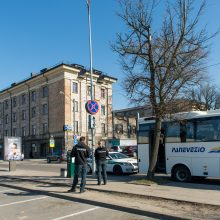 Privalomas karantinas kelia įtampą: sostinės viešbutyje jau liejosi kraujas