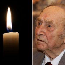 Mirė žymus istorikas profesorius M. Jučas