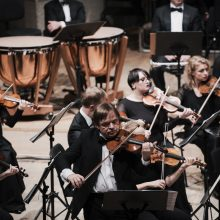 Valstybinis simfoninis orkestras į sceną grįžta su vilties kūriniu