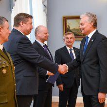 Sutarė, kad šalies gynybai reikia skolintis apie 30 mln. eurų