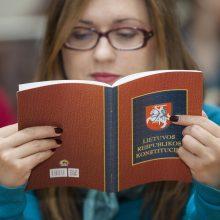 Konstitucijos žinovai rungiasi antrame Konstitucijos egzamino etape