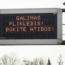 Kretingos ir Ignalinos rajonuose eismo sąlygas sunkina plikledis