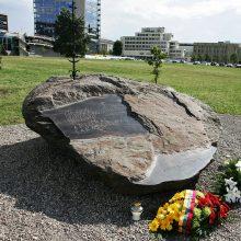 Minimos 28-osios Seimo gynėjo A. Sakalausko žūties metinės