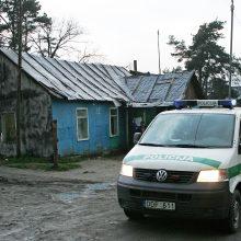 Netoli romų taboro sulaikyti du narkotikų turėję asmenys