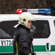 Lėkė tarnybos: vandentiekį kasantys darbininkai rado sprogmenį