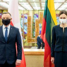 Lietuvos ir Lenkijos parlamentarai ragina Baltarusiją nutraukti žmonių kontrabandą
