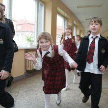 Švietimo ministrė: į mokyklas sugrįžo maždaug 58 tūkst. pradinukų