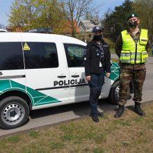 Per karantiną patruliuojantys šauliai mokysis atpažinti smurtinį elgesį