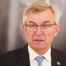 Seimo pirmininkas atšaukė vizitą į slaugos ligoninę