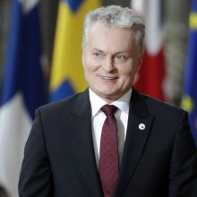 G. Nausėda tvirtina pozicijas politikų reitingo viršuje