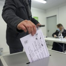 Tęsiasi išankstinis balsavimas antrajame Seimo rinkimų ture