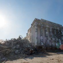 Kažkodėl tik baigiant griauti Profsąjungų rūmus paaiškėjo, kad po jais sovietmečiu įrengta viena didžiausių Vilniuje slėptuvių.