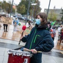Aštuoni iš dešimties lietuvių mano, kad situacija Lietuvoje blogėja