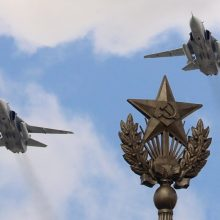 Lietuvos padangėje – incidentas: įtariama, kad du Rusijos lėktuvai pažeidė oro erdvę
