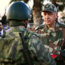 Turkija sulaikė 10 admirolų, įspėjusių dėl svarbios sutarties