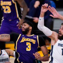 J. Valančiūnas tapo tikru galvos skausmu NBA čempionų aukštaūgiams
