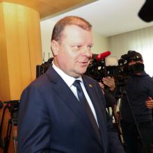 Kandidatas į premjerus S. Skvernelis pripažino klaidas, atsiprašo žmonių