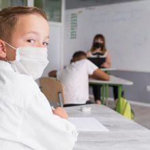 Pagalbai dėl nuotolinio mokymo sunkumų patiriantiems vaikams – 7,5 mln. eurų