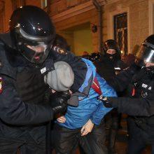 Paskelbus A. Navalnui nuosprendį – mitingai Rusijoje: areštuota šimtai žmonių
