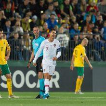 Lietuvių kieme – varžovų futbolo šventė