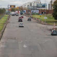 Dėmesio, vairuotojai: Ukmergės gatvėje bus uždaromos eismo juostos