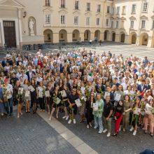 Vilnius sveikina daugiau kaip pusę tūkstančio abiturientų šimtukininkų