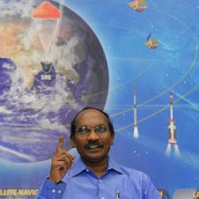 Indija vėl bandys paleisti raketą į Mėnulį
