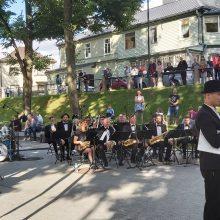 Nemokami koncertiniai piknikai ir vėl džiugina kauniečius: gyvai skambėjo džiazas