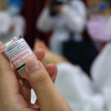 """Čekija utilizuos 45 tūkst. nepanaudotų """"AstraZeneca"""" vakcinos dozių"""