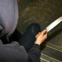 Į Visagino ligoninę paguldytas peiliu sužalotas vyras: neblaivus įtariamasis sulaikytas