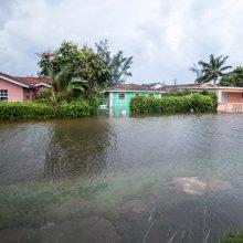 """Uraganas """"Dorian"""" talžo Bahamas: nusinešė penkias gyvybes"""