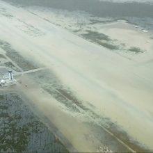 """Uraganas """"Dorian"""" slenka palei JAV pakrantę aukų Bahamose padaugėjo iki septynių"""