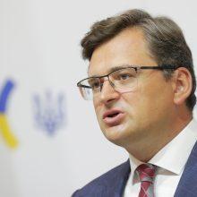 Augant įtampai su Rusija, Ukrainos URM vadovas susitiks su NATO atstovais