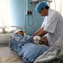 Afganistano vakaruose prie mokyklos sprogus bombai sužeistas 21 žmogus