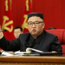 Šiaurės ir Pietų Korėja netikėtai atkūrė išjungtas ryšių linijas