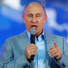 V. Putinas ragina rusus balsuoti rinkimuose, kuriuose uždrausta dalyvauti jo kritikams