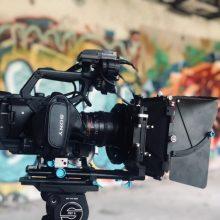 Lietuvoje pamažu atnaujinami filmavimo darbai
