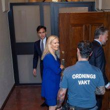Švedijoje už derybas dėl kinų disidento teisiama buvusi ambasadorė