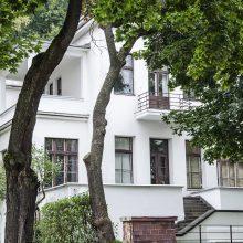 Prasideda Kauno menininkų namų fasado remonto darbai