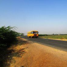 Per autobuso avariją Indijoje žuvo 13 žmonių, daugybė sužeistų