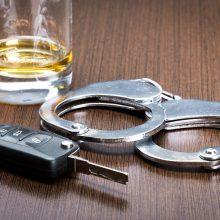 Velykas švęsti pradėjo anksčiau: Vilniuje pareigūnams įkliuvo trys girti vairuotojai