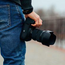 Vogto fotoaparato pardavėjui pasipelnyti nepavyko: išsigandęs atidavė daiktą ir spruko