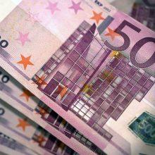 Moteris sukčiui pervedė 22 tūkst. eurų