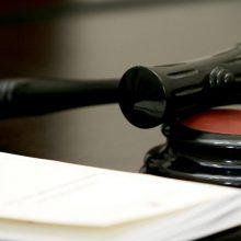 Dėl karantino teismo posėdžiai kai kuriose bylose nusikėlė beveik pusmečiui