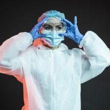 Lenkijoje – 3 896 nauji COVID-19 atvejai, 349 pacientai mirė