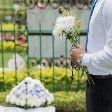 Didžiojoje Britanijoje – didžiausias su COVID-19 siejamas mirtingumo prieaugis